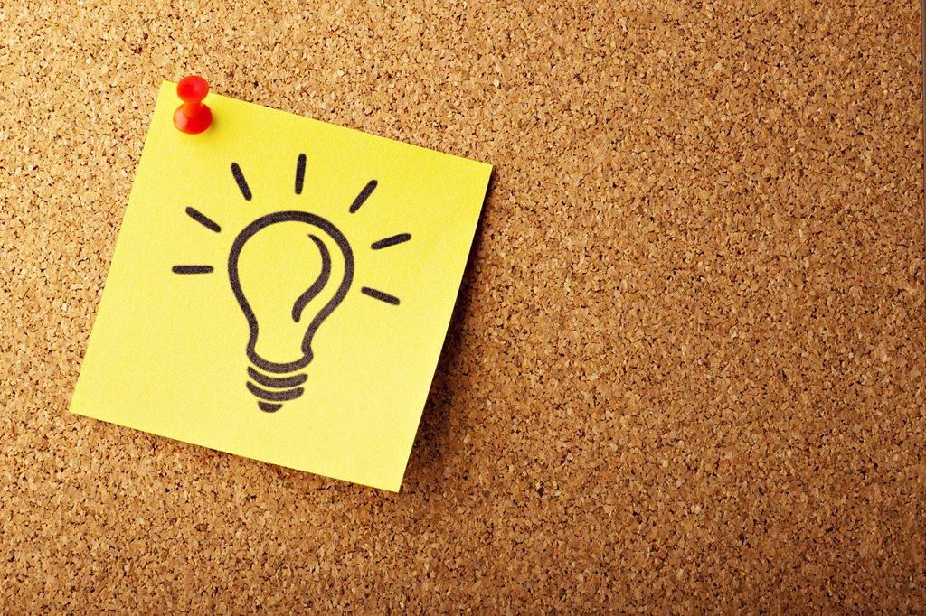 Pensez à, post-it, ampoule, tableau, liège